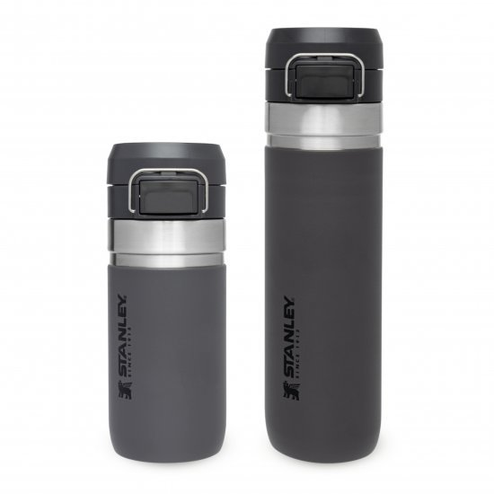 Stanley Quick Flip Water Bottle Charcoal 0.70L